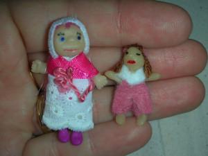 des poupons et des poupées... dans les poupees poupées-300x225